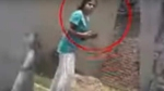 VIRAL VIDEO: घर वालों पर हुआ हमला तो पिस्टल लेकर टूट पड़ी लड़की, करने लगी फायरिंग