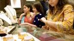 Gold Rate: 50000 रु प्रति 10 ग्राम के करीब पहुंचने के बाद फिसला सोना, कीमत में बड़ी गिरावट