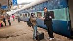काले कोट और टाई में नहीं दिखेंगे TTE, रेलवे ने जारी की गाइडलाइंस
