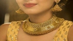 Gold-Silver Rate: जन्माष्टमी पर सस्ता हुआ सोना, चांदी की कीमत में 1254 रु की गिरावट, जानें आज का ताजा भाव