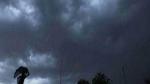 अगले 2 घंटे में यूपी के इन इलाकों में आंधी-तूफान, भारी बारिश के साथ ओले गिरने के आसार