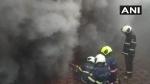 महाराष्ट्रः मुंबई के चर्च गेट इलाके में स्थित मेकर भवन में लगी आग, दमकल के वाहन पहुंचे