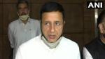 जयपुर पहुंचे रणदीप सिंह सुरजेवाला का आरोप, राजस्थान में लोकतंत्र को खरीदना चाहती है बीजेपी