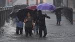 Mumbai Rains Live: मुंबई में आज भी भारी बारिश का अलर्ट, लोगों से घरों में ही रहने की अपील