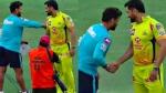 IPL 2020: एमएस धोनी के डोलों को छूकर देखना चाहते थे ऋषभ पंत, वायरल हुई फोटो