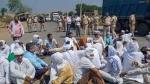 कृषि बिलों का विरोध: महाराष्ट्र में हजारों किसानों ने सड़कों पर किया विरोध-प्रदर्शन किया