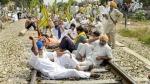 कृषि विधेयकों के विरोध में पंजाब में 'रेल रोको' आंदोलन शुरू, 14  ट्रेनें निलंबित