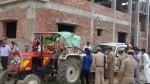 भूमाफियाओं के खिलाफ योगी सरकार की कार्रवाई जारी, सीतापुर में रमन साहनी की 5 करोड़ 88 लाख रुपए की संपत्ति हुई जब्त