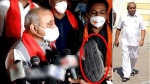 गुजरात: चुनाव प्रचार करने आए डिप्टी CM नितिन पटेल पर युवक ने चप्पल फेंकी, भाजपाई बोले- कांग्रेसी था वह