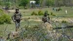 Jammu and Kashmir: आतंकी ने सुरक्षा बलों के सामने किया सरेंडर, एक AK राइफल बरामद