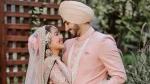 सिंगर नेहा कक्कड़ ने शेयर की शादी की ये खूबसूरत तस्वीरें, लिखा- 'रोहन जब तेरे साथ होती हूं तो अच्छी लगती हूं'