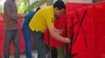 गोरखपुर: अस्पताल के टॉयलेट में सपा के झंडे के रंगों जैसी टाइल्स पर नॉर्थ ईस्ट रेलवे ने दी सफाई