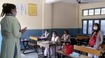 कोरोना के बढ़ते मामलों को रोकने के लिए जम्मू-कश्मीर में 31 दिसंबर तक बंद रहेंगे स्कूल-कॉलेज