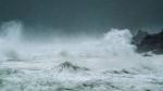 Tauktae Cyclone Live: भीषण चक्रवाती तूफान का रूप ले सकता है 'तौकते', रेड अलर्ट जारी