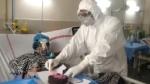 पटनाः कोविड वार्ड में महिला मरीज ने पति के साथ मनाया वेडिंग एनिवर्सरी, डॉक्टर्स भी रहे मौजूद