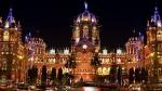 72वें गणतंत्र दिवस की पूर्व संध्या पर रोशनी से जगमगाया मुंबई का छत्रपति शिवाजी टर्मिनस