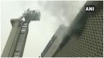 Delhi Fire: दिल्ली ITO के पास बिल्डिंग में लगी आग, फायर ब्रिगेड की 3 गाड़ियां मौके पर