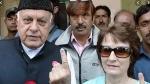 बोले 83 वर्षीय फारूक अब्दुल्ला -'कोरोना की वजह से बीवी को Kiss तक नहीं कर पाता'