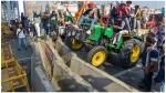 ट्रैक्टर मार्च: दिल्ली ITO पर पहुंचे किसानों ने जमकर किया बवाल, देखें वीडियो