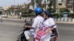 तेल के बढ़े दामों के विरोध में सीएम ममता ने ई-स्कूटर पर निकाली रैली, देखें VIDEO