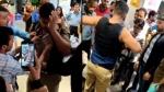VIDEO: मॉल में सिपाही ने वर्दी के नीचे छिपाई 3 शर्ट, पकड़े जाने पर जमकर हुई पिटाई