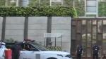 Mukesh Ambani's Mumbai house: 'मुकेश भैया, ये ते अभी सिर्फ ट्रेलर है', संदिग्ध कार में विस्फोटक के साथ मिला ध