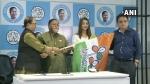 पश्चिम बंगाल विधानसभा चुनावों से पहले टीएमसी में शामिल हुईं अभिनेत्री सायंतिका बैनर्जी