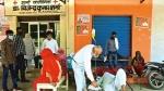 सहारनपुर के गांव में कोरोना मरीजों की भीड़ से जूझ रहा एक डॉक्टर,दूसरी लहर थामने में योगी सरकार कैसे रही नाकाम?