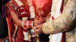 जयमाला के दौरान स्टेज पर बेहोश हुई दुल्हन तो दूल्हे ने किया शादी से इनकार, बोला- इस पर आती है भूत बाधा