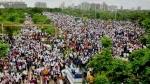 मुंबई में हवाई अड्डे के नाम पर जुटे 25,000 से ज्यादा प्रदर्शनकारी, होगी FIR