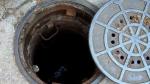 नोएडा: बॉल निकालने सीवर टैंक में उतरे दो युवकों की मौत, दो की हालत गंभीर