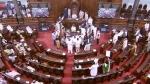 संसद में हंगामे की वजह से टैक्सपेयर का 130 करोड़ से ज्यादा बर्बाद, 107 की जगह सिर्फ 18 घंटे हुआ काम