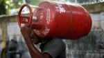 महंगाई की मार: फिर बढ़े LPG Gas के दाम, जानिए आपके शहर में किस रेट पर मिलेंगे गैस सिलेंडर