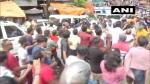 भवानीपुर उपचुनाव: प्रचार के आखिरी दिन भिड़े टीएमसी-बीजेपी कार्यकर्ता, दिलीप घोष पर हुआ हमला