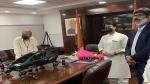 भारत में जल्द शुरू होगी एशिया की पहली हाइब्रिड फ्लाइंग कार, नागरिक उड्डयन मंत्री ने देखा कॉन्सेप्ट