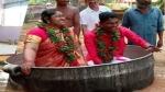 केरल: बाढ़ ने रास्ता रोका तो पतीले में बैठकर मंडप पहुंचे दूल्हे-दुल्हन, तय मुहूर्त में की शादी