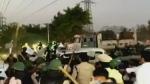 दिल्ली में सिंघु बॉर्डर पर फिर बवाल, हिन्द मजदूर किसान समिति ने तोड़ी बैरिकेडिंग, लाठी चार्ज