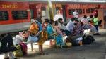 Indian Railways: दिवाली-छठ पूजा से पहले खुशखबरी, इन सभी स्पेशल ट्रेनों में बिना रिजर्वेशन यात्रा की छूट