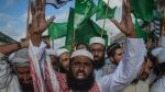 दो दिनों के बाद पाकिस्तान में क्या होगा? इस्लामाबाद के बाहर 10 हजार कट्टरपंथियों ने डाला डेरा