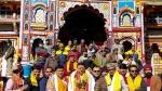 उत्तराखंड आपदा के बाद CM पुष्कर सिंह धामी ने बद्रीनाथ मंदिर में की पूजा, बताया- क्या मन्नत मांगी?
