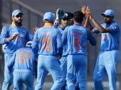 कोलकाता वनडे Live: मुश्किल में फंसी टीम इंडिया, 4 विकेट गिरे
