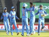 बेटियों से खुश रेलवे, क्रिकेटरों को समय से पहले देगा प्रमोशन
