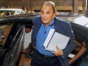 नुस्ली वाडिया ने टाटा संस-रतन टाटा के खिलाफ दर्ज किया आपराधिक मानहानि का मुकदमा