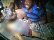 श्रीलंकाई नेवी ने मछुआरे को मारी गोली, तमिलनाडु में विरोध-प्रदर्शन के दौरान टावर पर चढ़े लोग