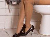 'पत्नी की भाभी ने कॉकरोच का बहाना कर वॉशरूम में बुलाया और फिर मुझे जकड़ के संबंध बनाए'