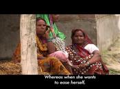 Video: आजादी गंदगी से: पति के पास मोबाइल खरीदने के पैसे हैं लेकिन शौचालय बनवाने के नहीं