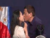 महिला को सरेआम किस कर फिलीपींस के राष्ट्रपति ने कहा- तुम लोगों को जलन हो रही, लेकिन यह मेरा स्टाइल है