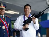 फिलीपींस के राष्ट्रपति दुर्तेते ने धौंस दिखाने पर लगाई अमेरिका को फटकार, बोले आप कौन होते हैं हमें धमकाने वाले