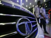 दीवाली धमाका: Tata की कारों पर बंपर छूट के साथ-साथ Free में ले जाएं iPhone X