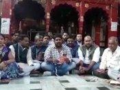 'हनुमान को दलित' बताने पर शुरू हुई सियासत, दलितों ने मंदिरों में किया पूजा-पाठ करने का ऐलान